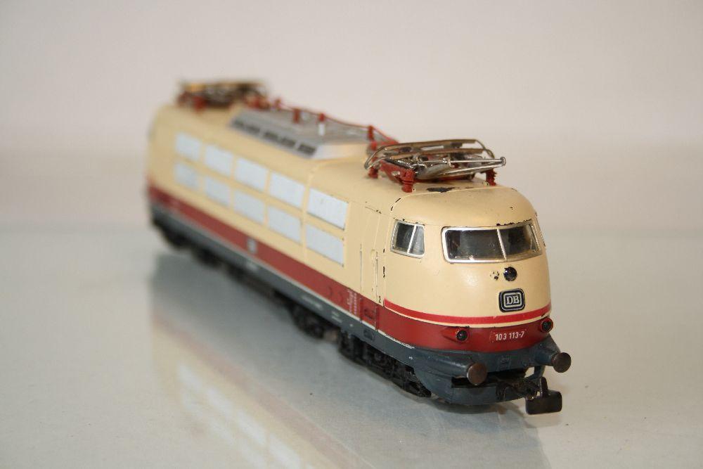 Märklin 3054 BR 103 H0 Elektrische Lokomotive der Deutschen Bundesbahn