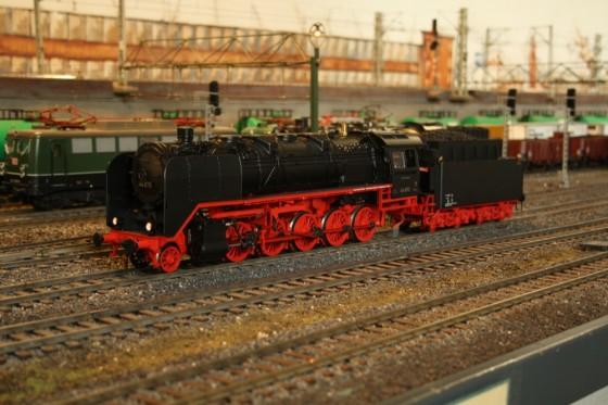 BR 44 im Güterbahnhof Hamburg