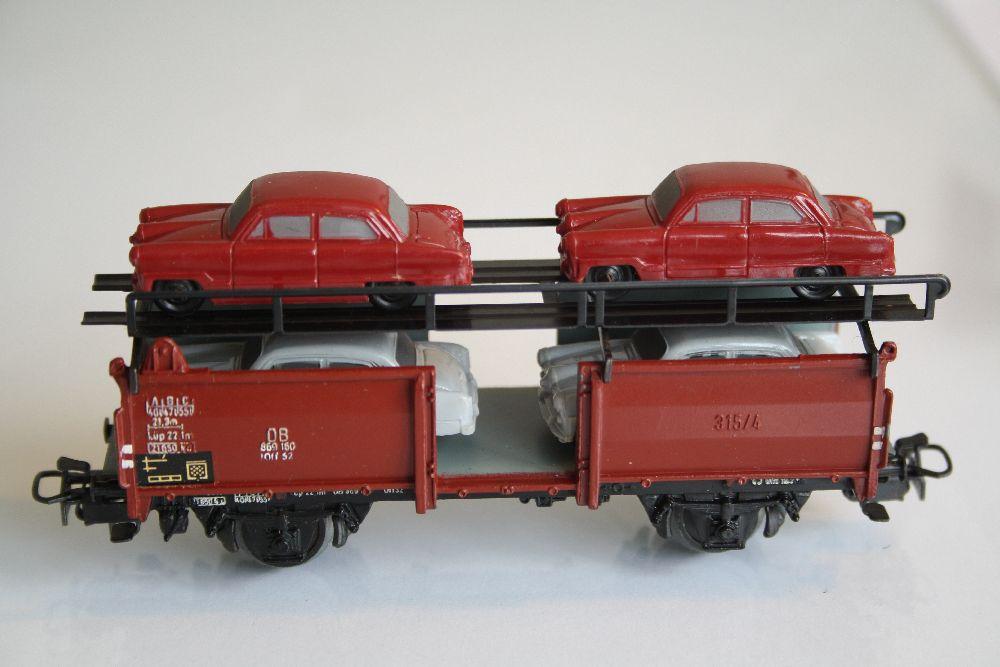 Märklin 4316 Autotransportwagen mit 4 Autos
