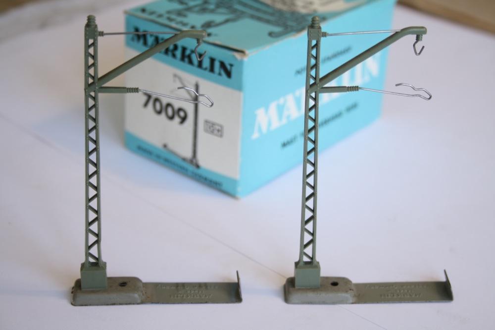 15x Märklin 7009 oberleitungsmast avec Metallfuß