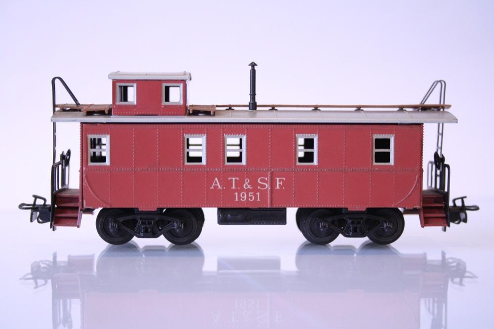 Märklin 4570 Güterzug Begleitwagen Caboose lachsrot