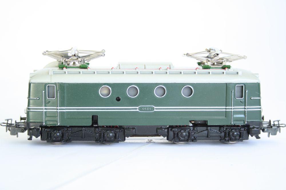 Märklin 3012 grün SNCF