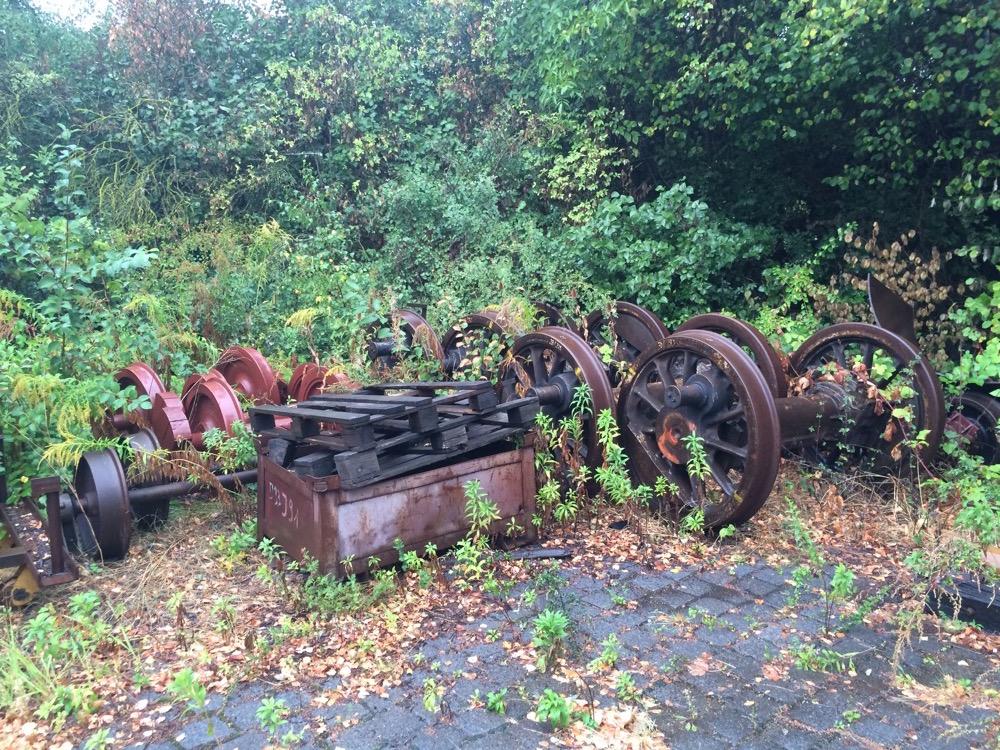 Eisenbahn-Achsen der Lokwerkstatt